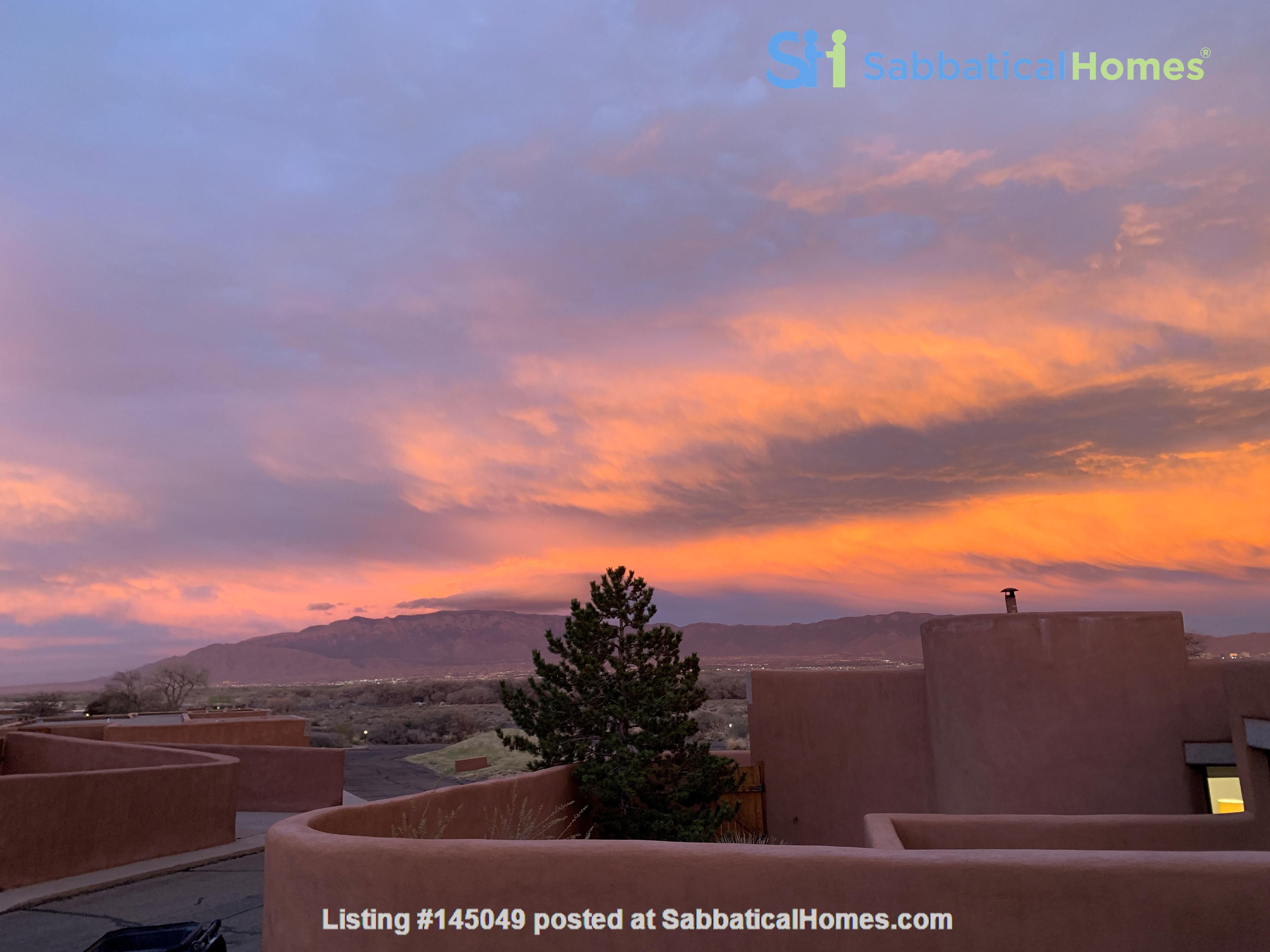 Beautiful Home in Albuquerque Home Rental in Albuquerque, New Mexico, United States 0