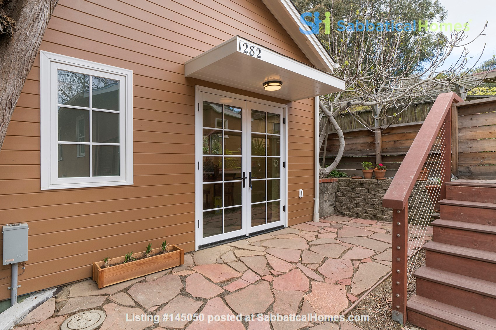 Light Filled, Fully Furnished Cottage in Great Berkeley Neighborhood Home Rental in Berkeley, California, United States 5