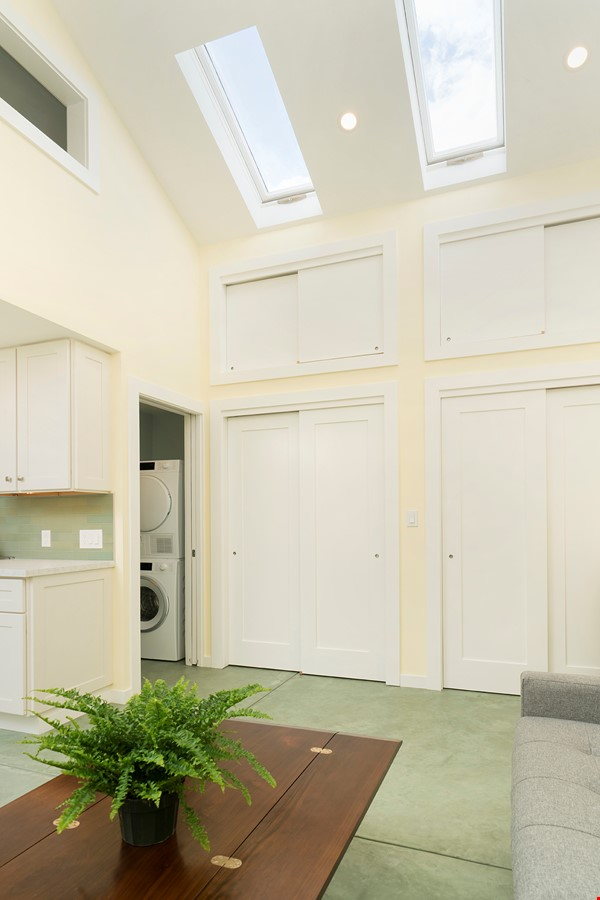Light Filled, Fully Furnished Cottage in Great Berkeley Neighborhood Home Rental in Berkeley 8 - thumbnail