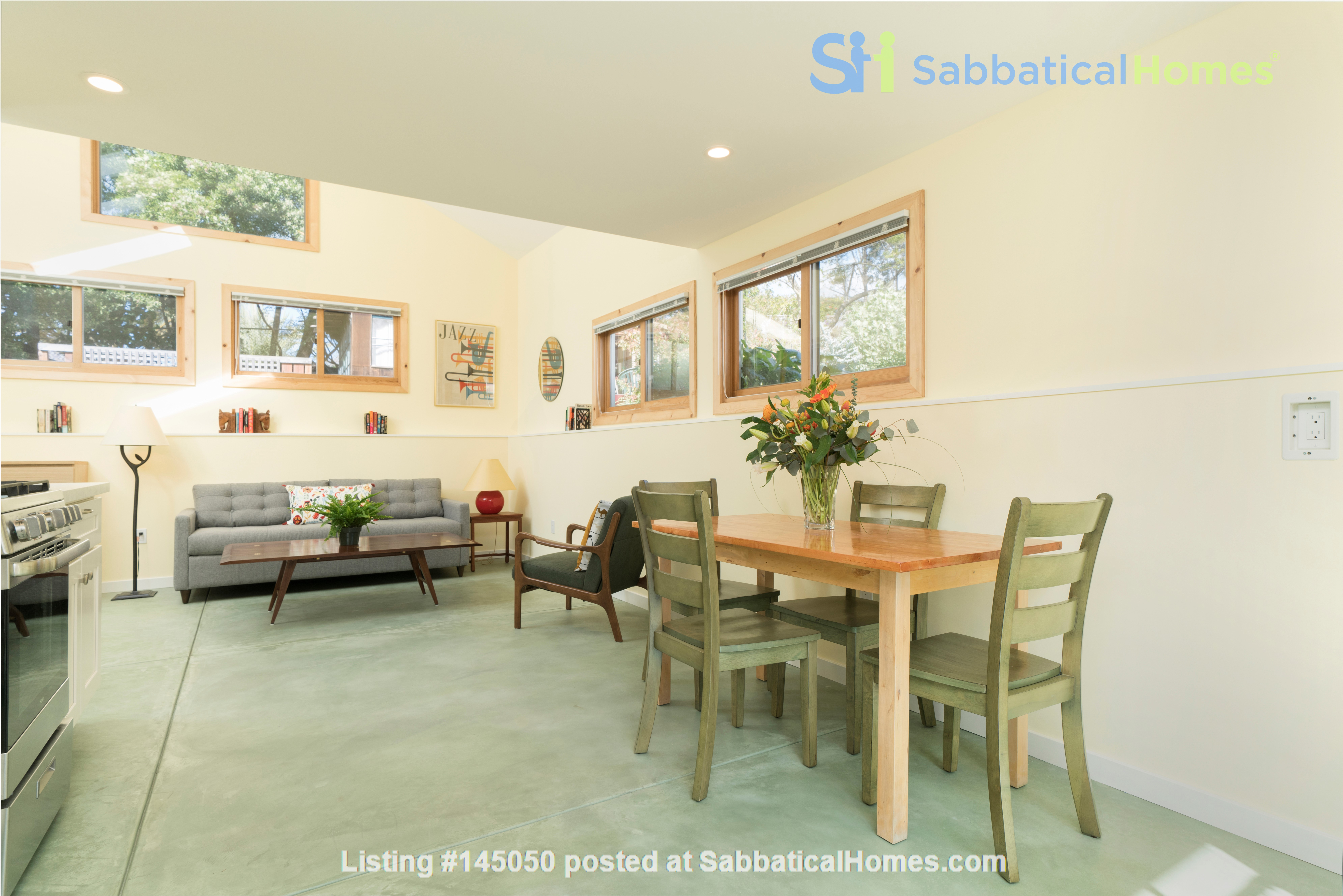 Light Filled, Fully Furnished Cottage in Great Berkeley Neighborhood Home Rental in Berkeley, California, United States 1