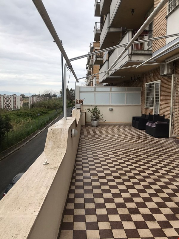 University Sacro Cuore - Brightly apartment with large terrace. Home Rental in Roma 9 - thumbnail