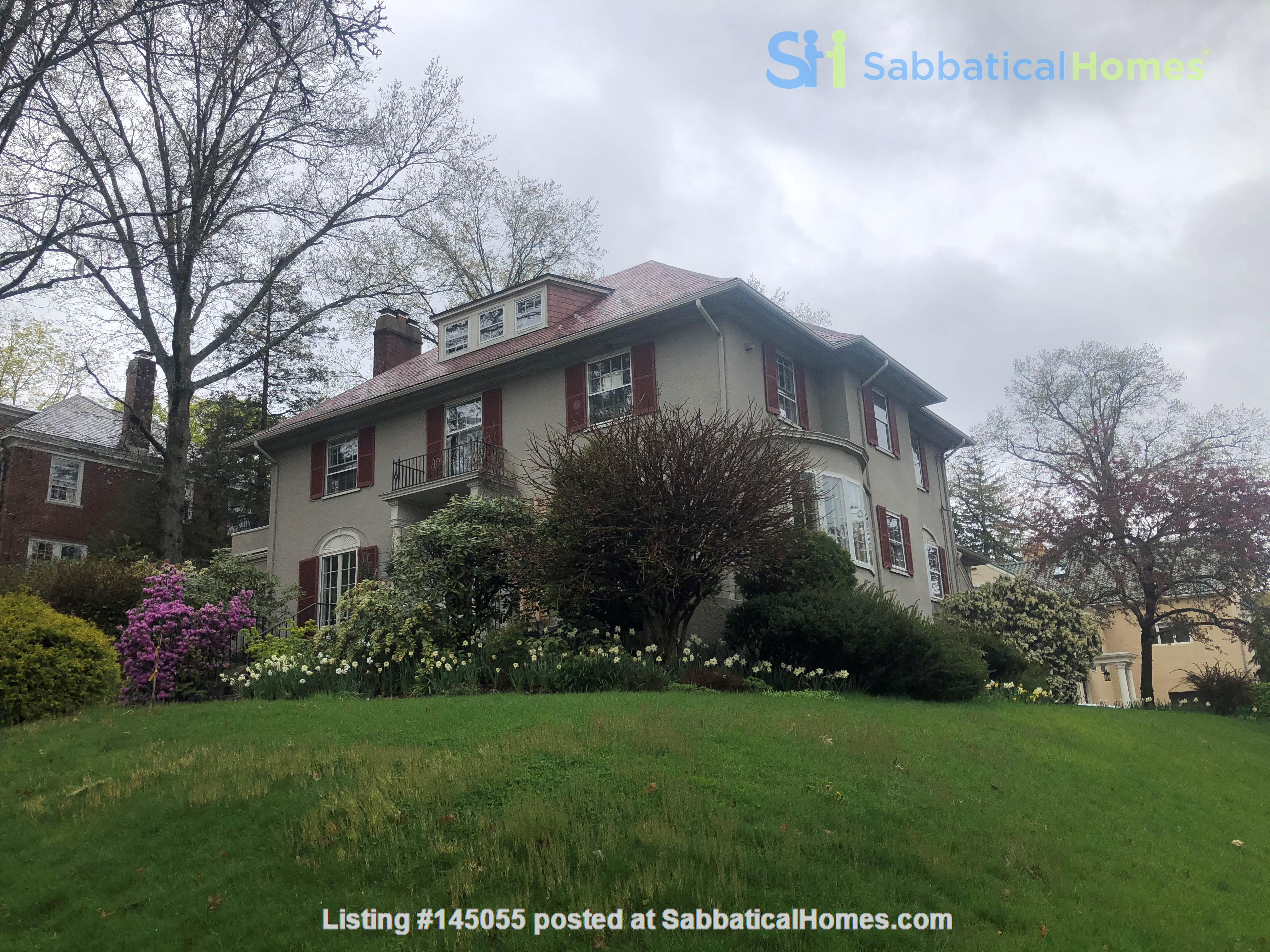 Large, gorgeous house & garden within walking distance of Brown & RISD Home Rental in Providence, Rhode Island, United States 9