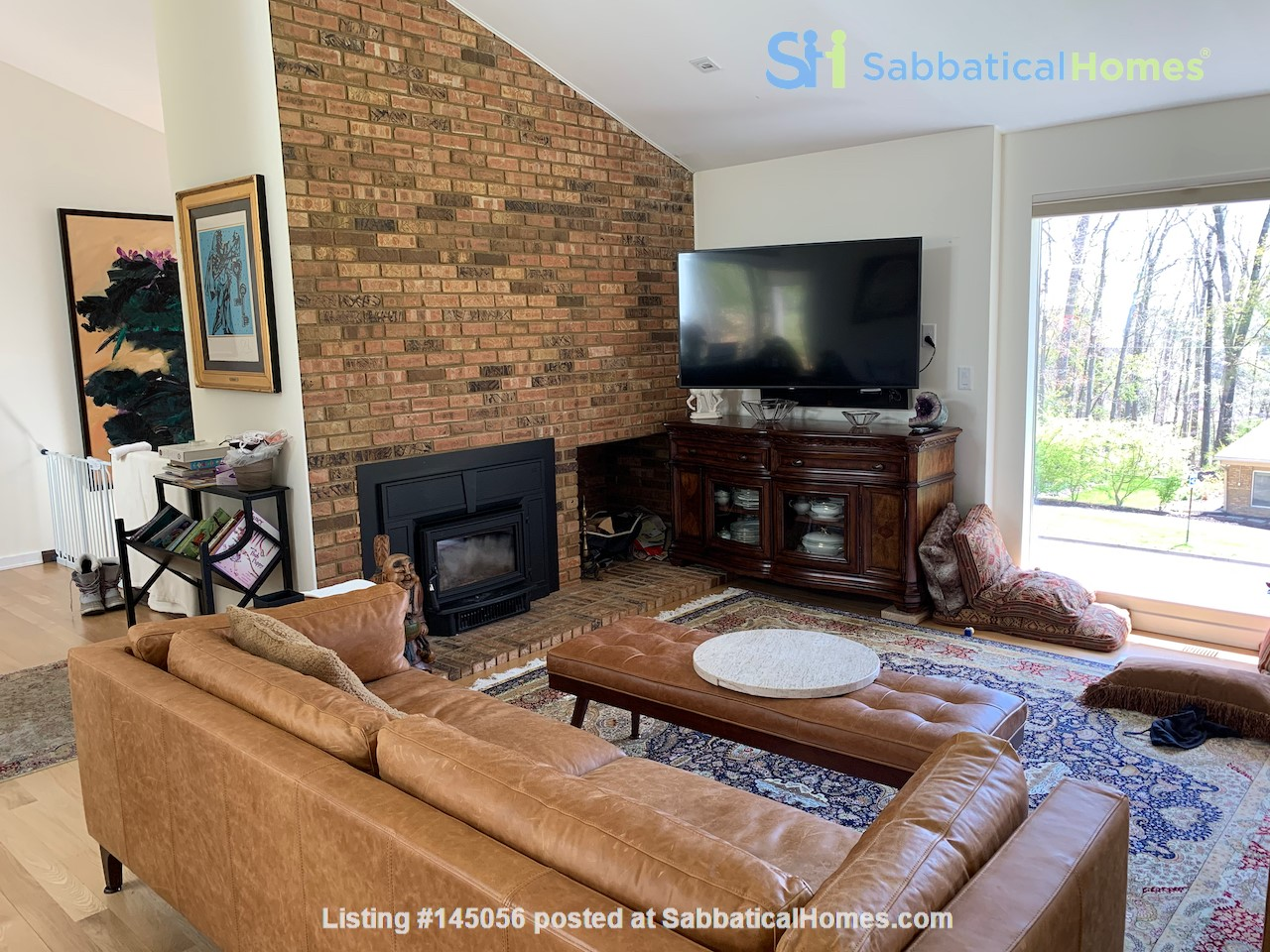 Beautifully updated mid-century 3-bedroom home near University of Michigan. Home Rental in Ann Arbor, Michigan, United States 1