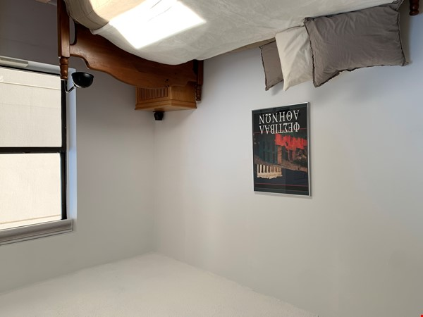 Bright, warm, welcoming, comfortable, ideal for working, shared  NY home! Home Rental in  5 - thumbnail