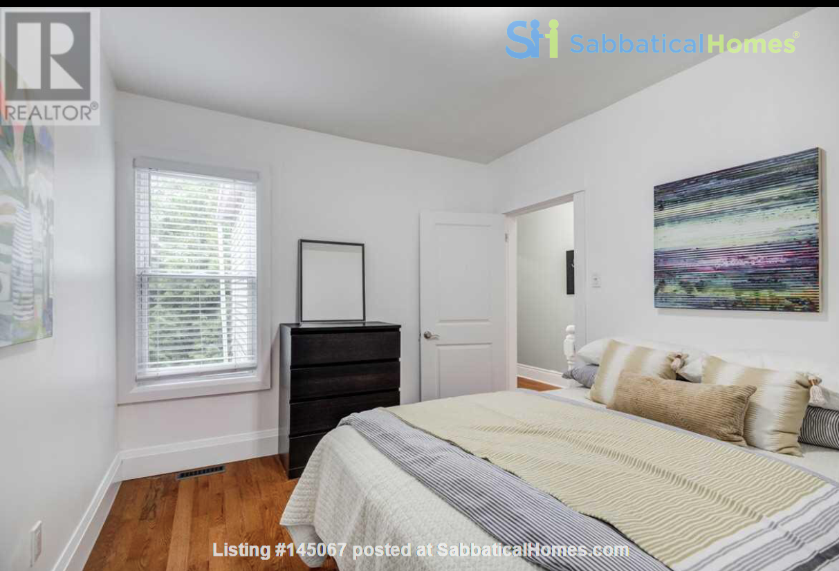 Downtown Home (Top 2 Floors of home), Large patio (3 Bed 1 Bath) Home Rental in Toronto, Ontario, Canada 3
