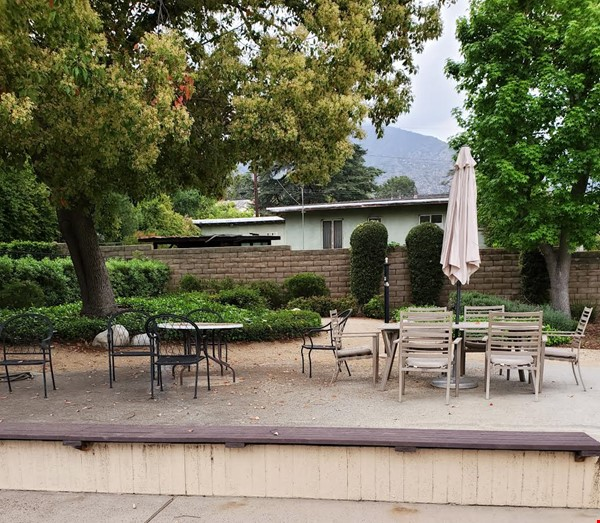 Looking for a beautiful place in Sierra Madre, CA, near to Caltech and JPL? Home Rental in Sierra Madre 9 - thumbnail