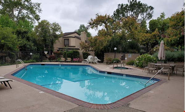 Looking for a beautiful place in Sierra Madre, CA, near to Caltech and JPL? Home Rental in Sierra Madre 8 - thumbnail