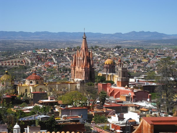 Perfect Home for Research/Writing in San Miguel de Allende; stellar views Home Rental in San Miguel de Allende 0 - thumbnail
