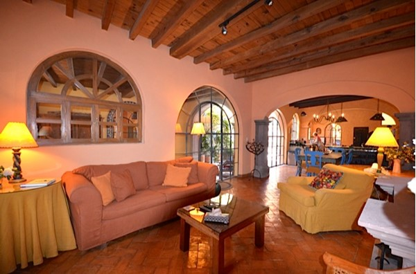 Perfect Home for Research/Writing in San Miguel de Allende; stellar views Home Rental in San Miguel de Allende 3 - thumbnail