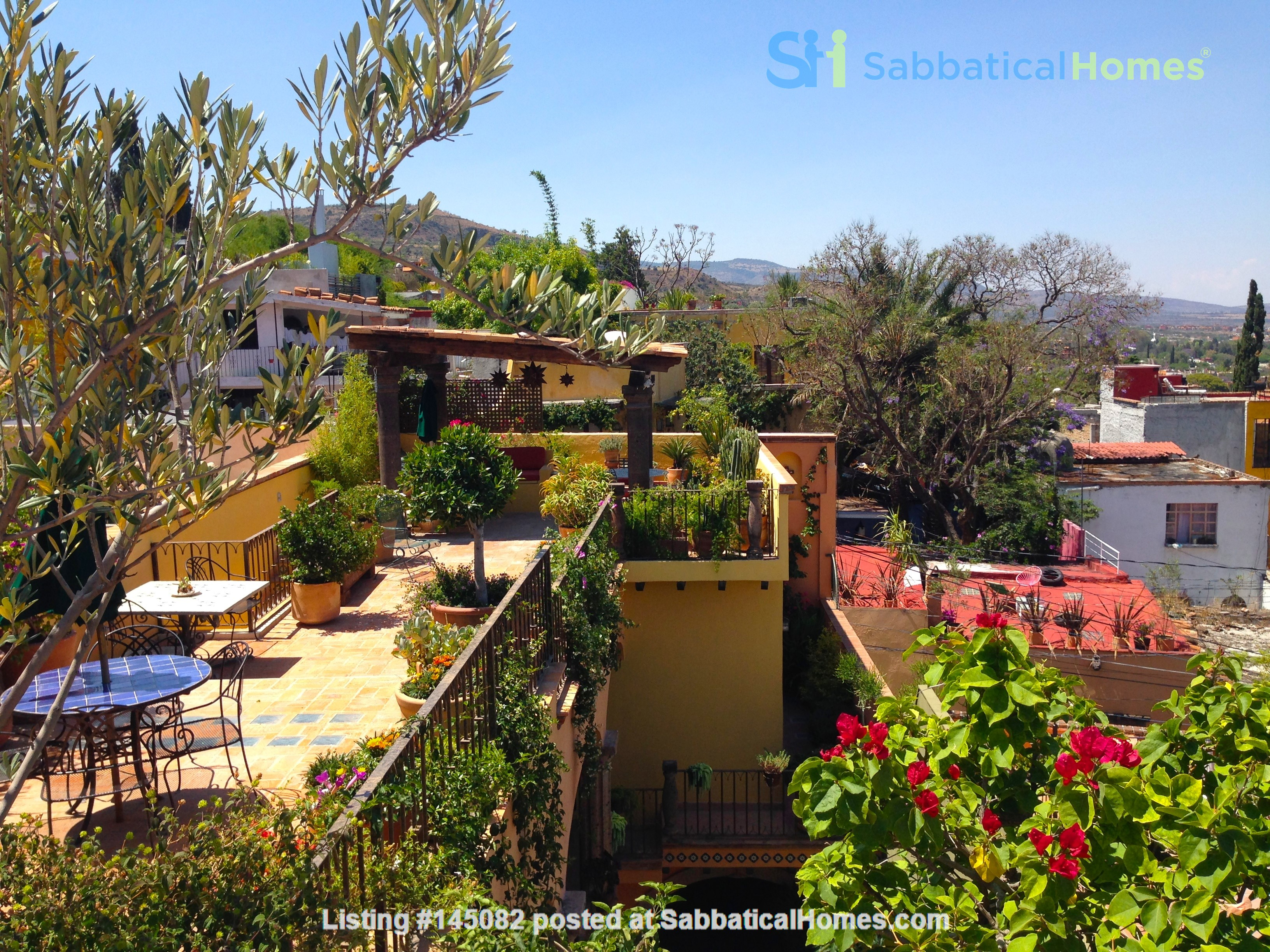 Perfect Home for Research/Writing in San Miguel de Allende; stellar views Home Rental in San Miguel de Allende 8