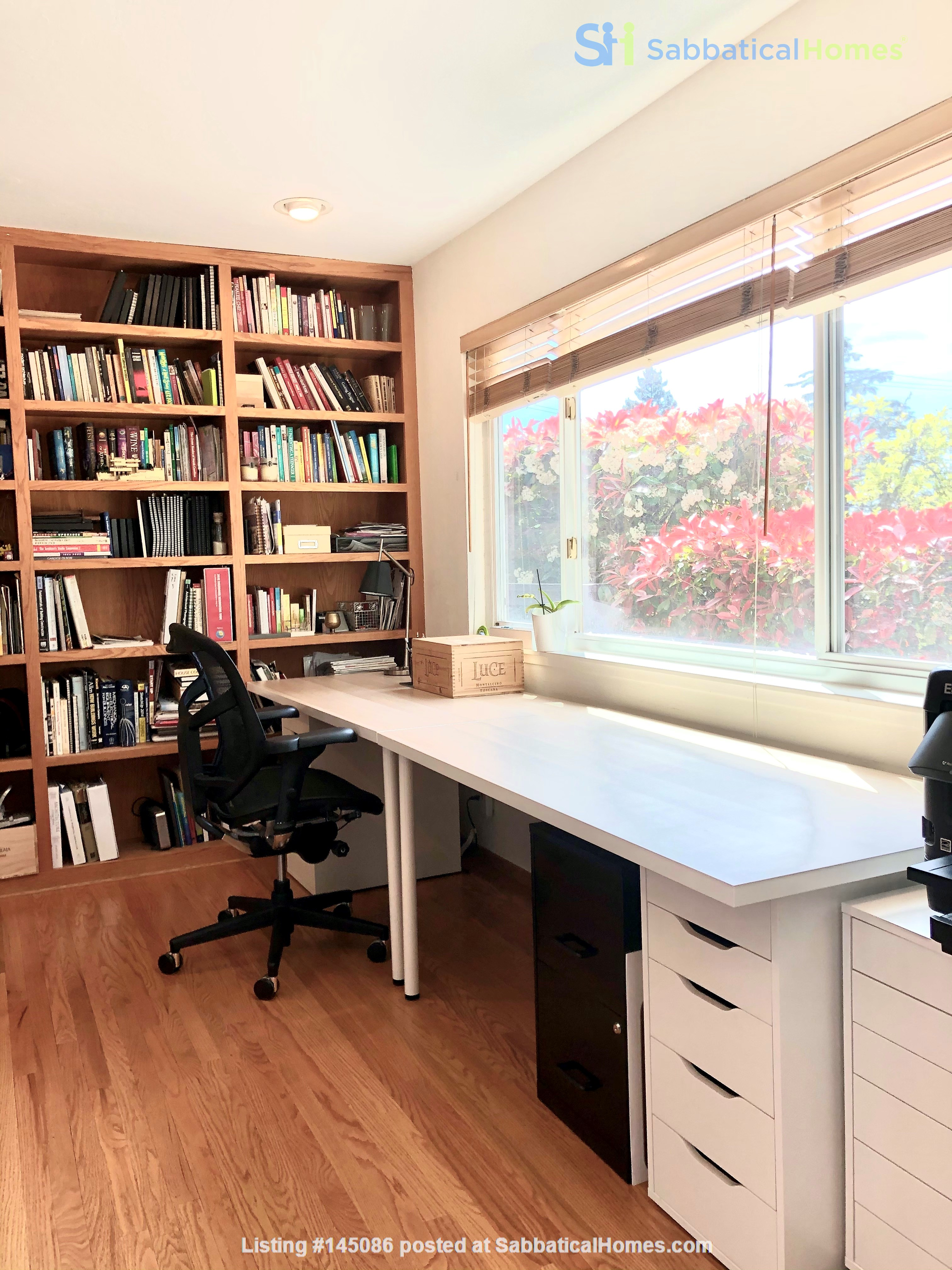 Spacious, Level-In, Quite Home for year lease in the Oakland Hills, CA Home Rental in Oakland, California, United States 5