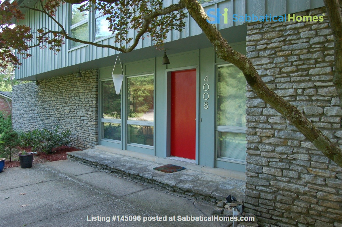 Mid-century home on half-acre near beautiful bluegrass and universities Home Rental in Lexington, Kentucky, United States 0