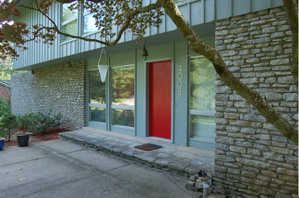 Mid-century home on half-acre near beautiful bluegrass and universities Home Rental in Lexington 0 - thumbnail
