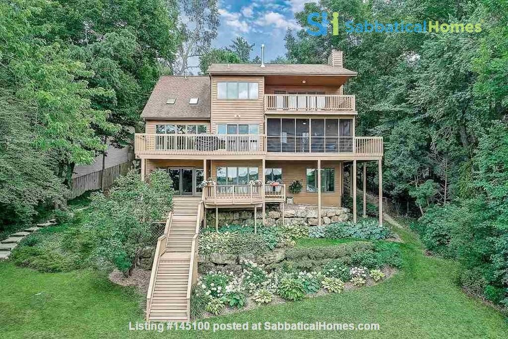 Fully Furnished Peaceful Private Lakefront home 10 mins to UW - Amazing! Home Rental in McFarland, Wisconsin, United States 0
