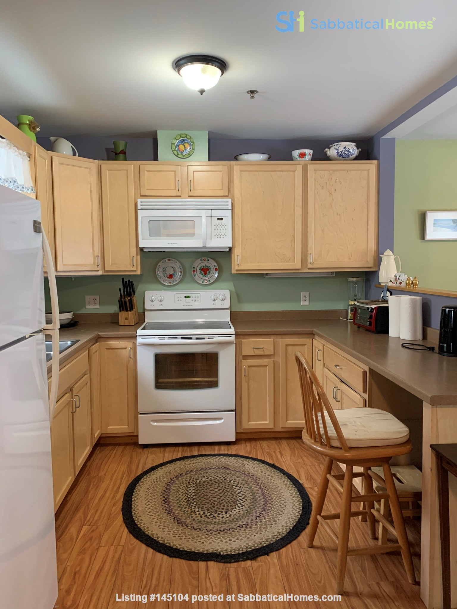 Furnished Townhouse in Co-Housing Community with Heat Included & Parking Home Rental in Burlington, Vermont, United States 2