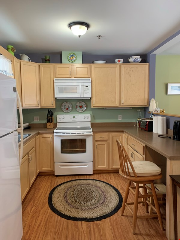 Furnished Townhouse in Co-Housing Community with Heat Included & Parking Home Rental in Burlington 2 - thumbnail