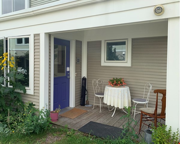 Furnished Townhouse in Co-Housing Community with Heat Included & Parking Home Rental in Burlington 0 - thumbnail