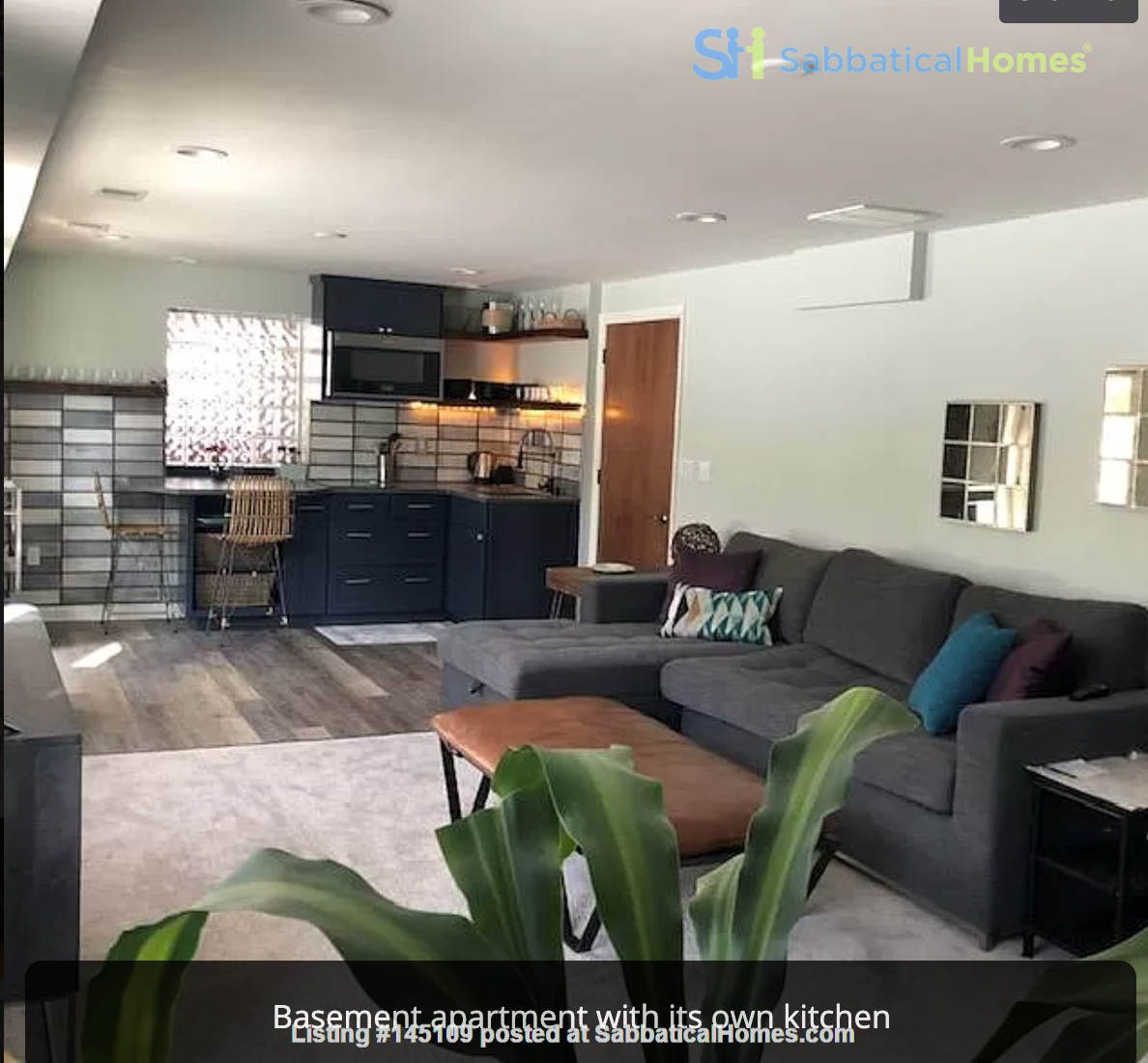 Remodeled quiet home, walk to University of Michigan, Arb, school, downtown Home Rental in Ann Arbor, Michigan, United States 7