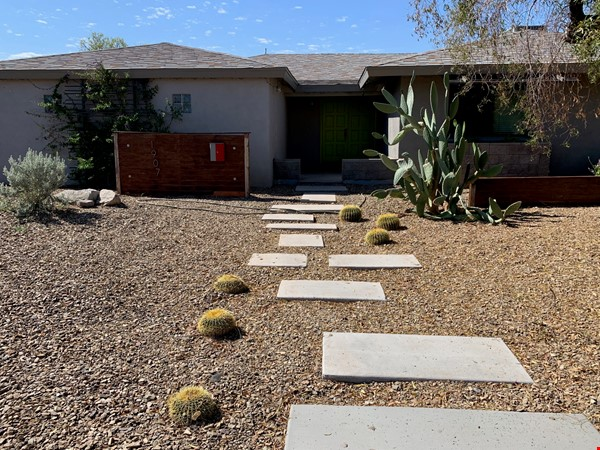 Modern family home 3 miles from ASU, 6 miles from Intel campus Home Rental in Tempe 9 - thumbnail