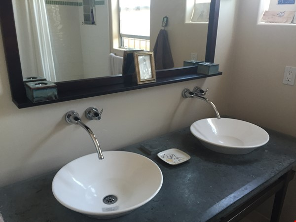 Quiet home for academic or visiting artist Home Rental in San Diego 7 - thumbnail