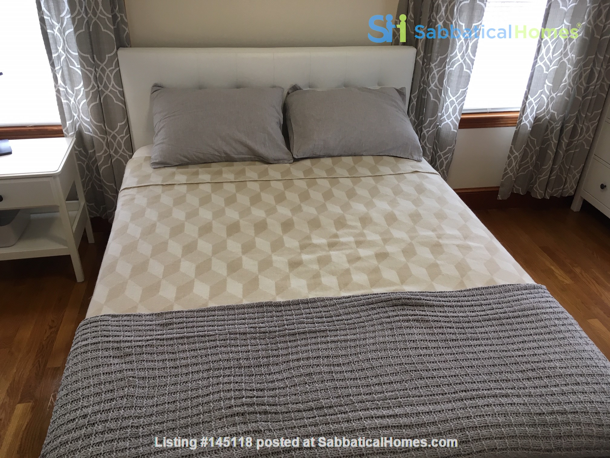 One Bedroom in Newly Renovated, Fully Furnished 4 Bed & 2 Bath Apartment Home Rental in Boston, Massachusetts, United States 7