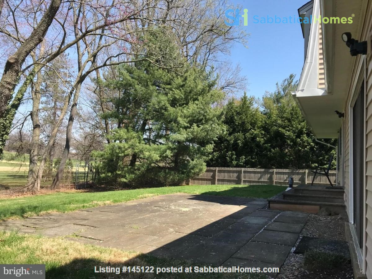 Beautiful Home on Golf Course,  Convenient Neighborhood, Rockville, MD Home Rental in Rockville, Maryland, United States 1