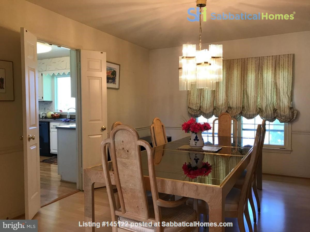Beautiful Home on Golf Course,  Convenient Neighborhood, Rockville, MD Home Rental in Rockville, Maryland, United States 7
