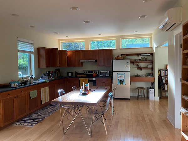 2 bdrm Cottage Home in Idyllic Ithaca Home Exchange in Ithaca 5 - thumbnail