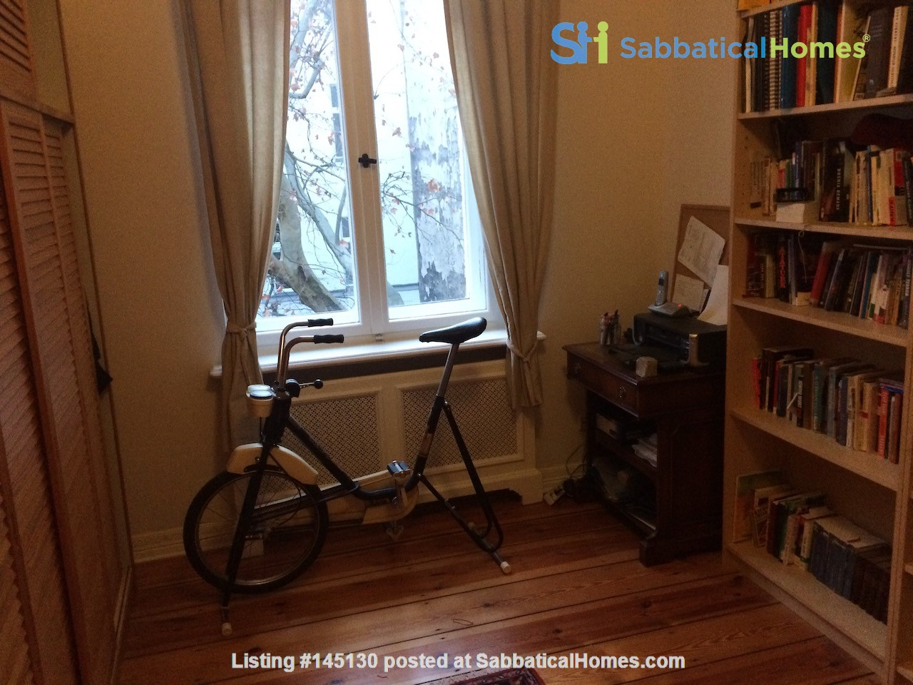 Old West Berlin Charm with Modern Touch: 3-room apartment close to Ku'Damm Home Rental in Berlin, Berlin, Germany 7