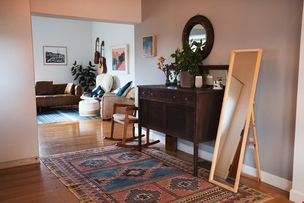 Beautiful three-bedroom home in convenient and cool No Oakland/So Berkeley Home Rental in Oakland 1 - thumbnail