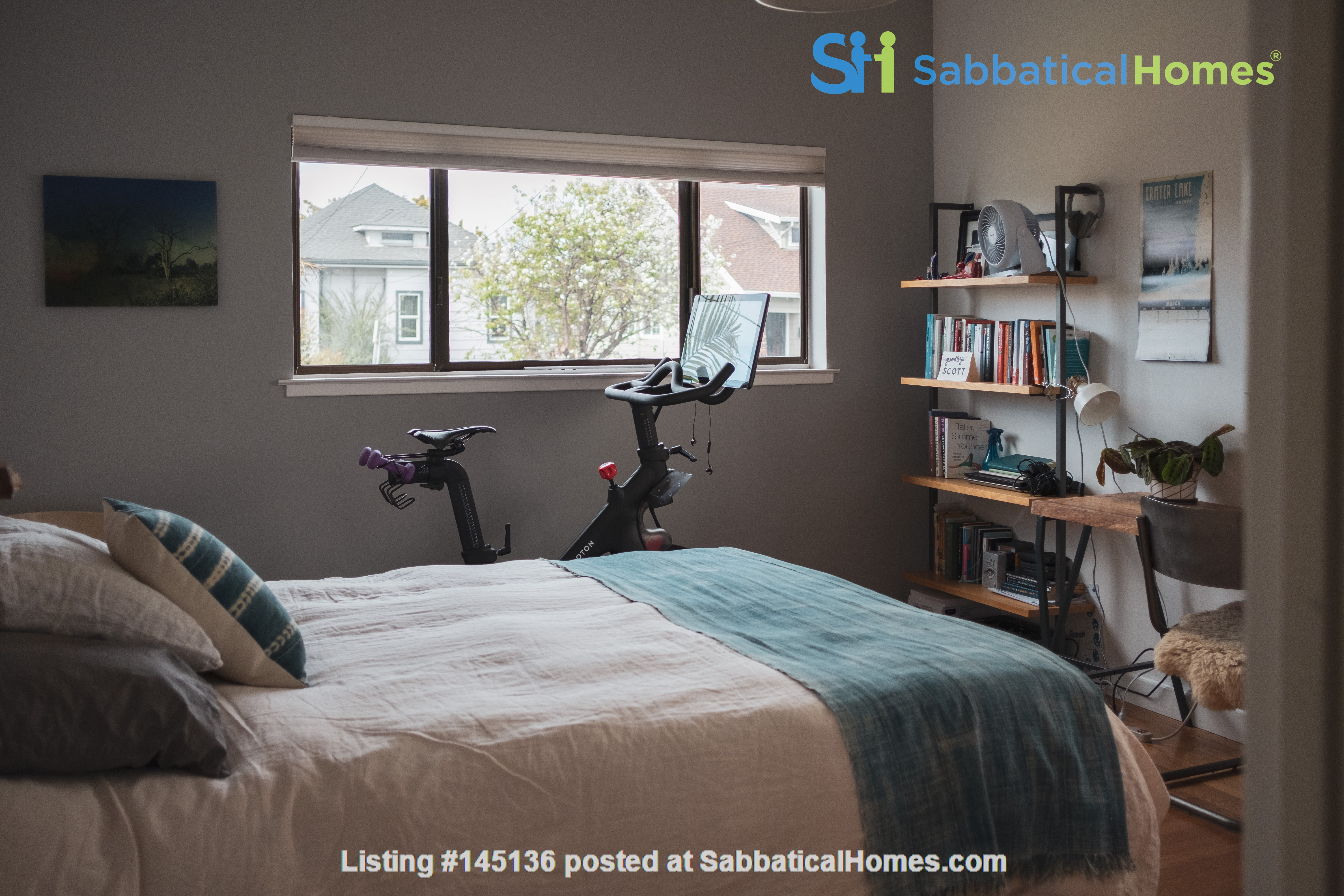 Beautiful three-bedroom home in convenient and cool No Oakland/So Berkeley Home Rental in Oakland, California, United States 4