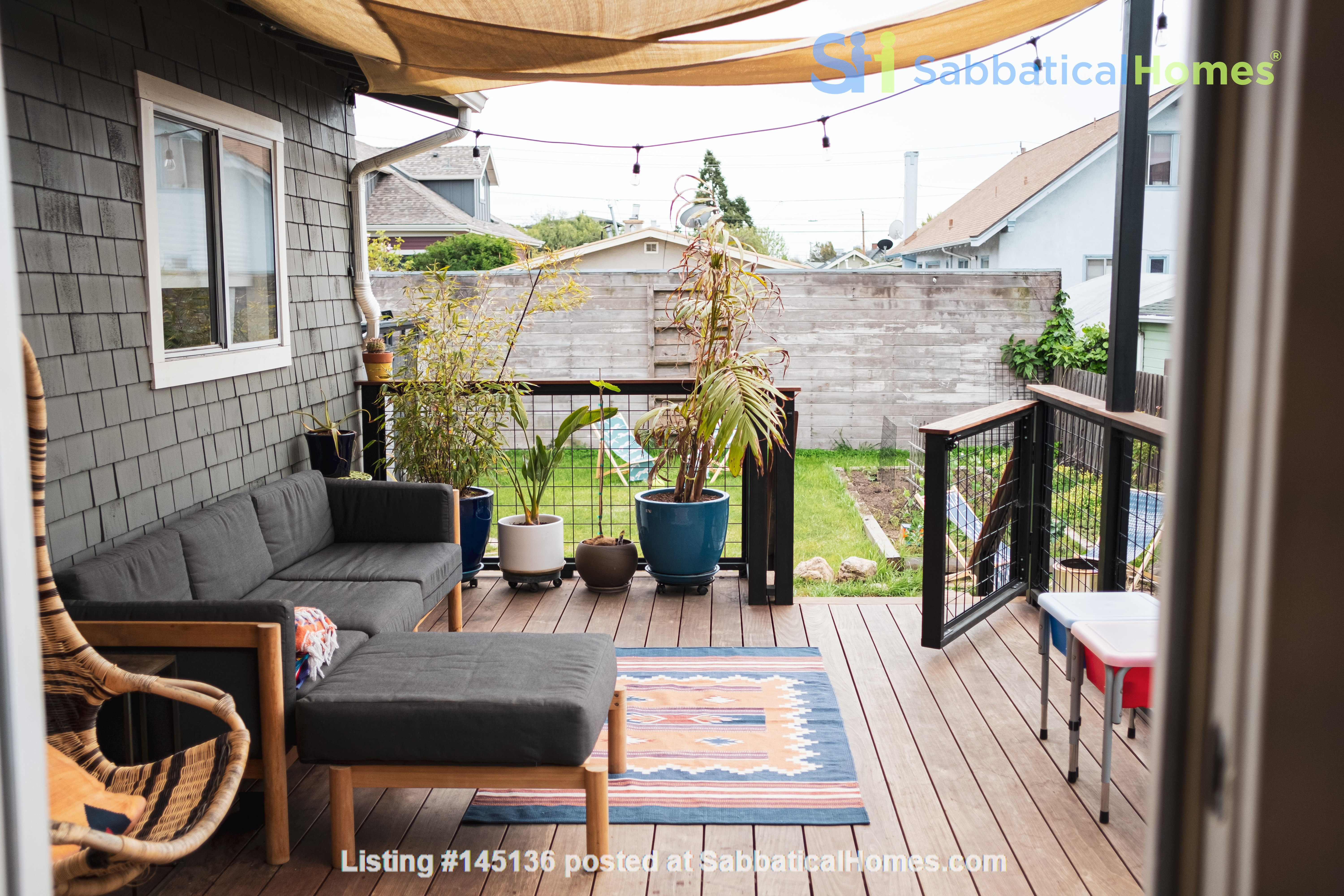 Beautiful three-bedroom home in convenient and cool No Oakland/So Berkeley Home Rental in Oakland, California, United States 7