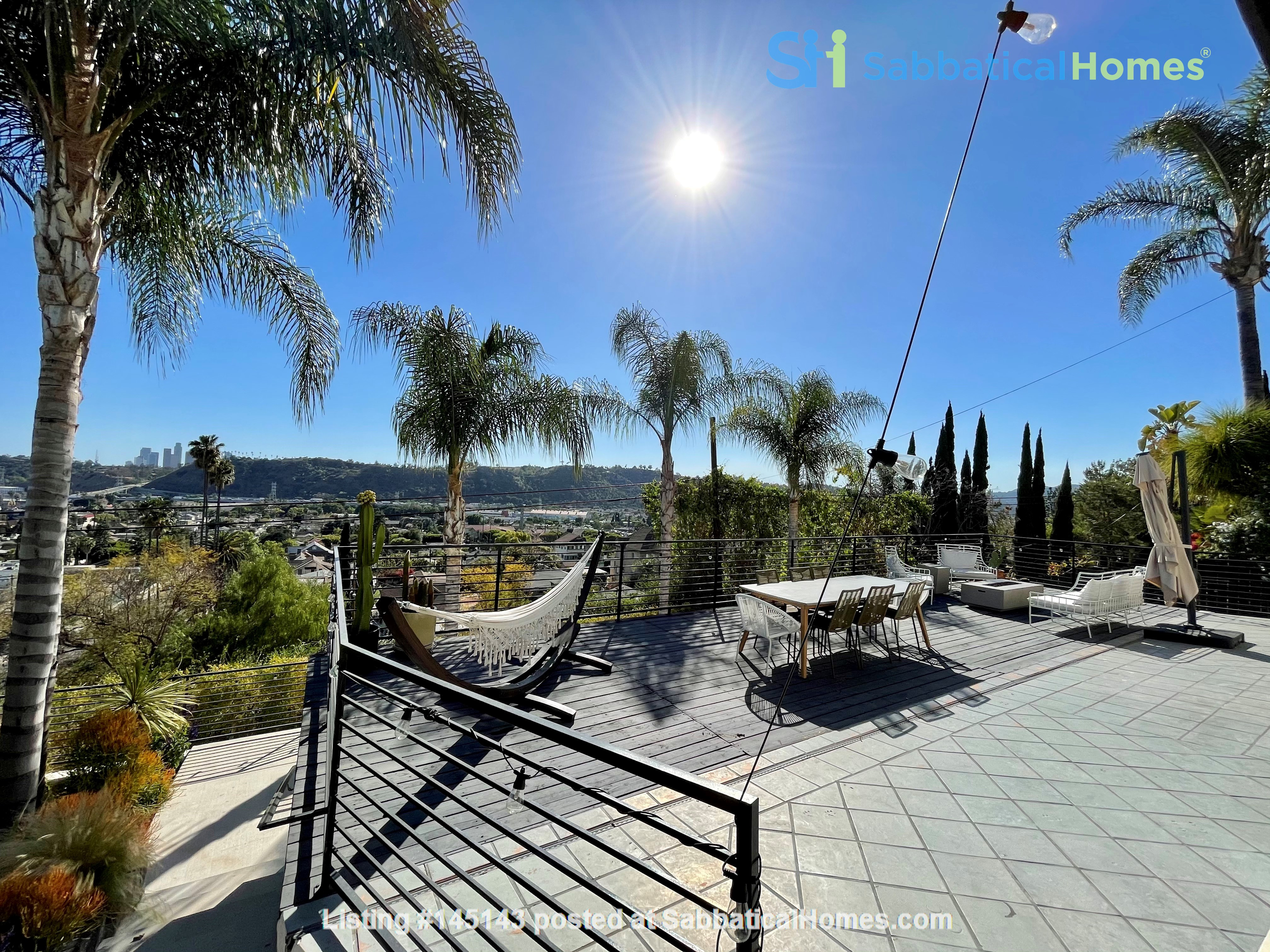 NEW Studio with Stunning L.A. Views! Home Rental in Los Angeles, California, United States 8