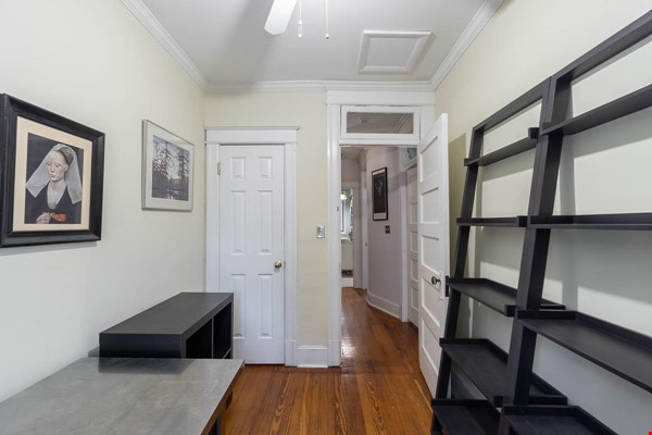 Furnished Row House Available August 2021 Home Rental in Washington 7 - thumbnail