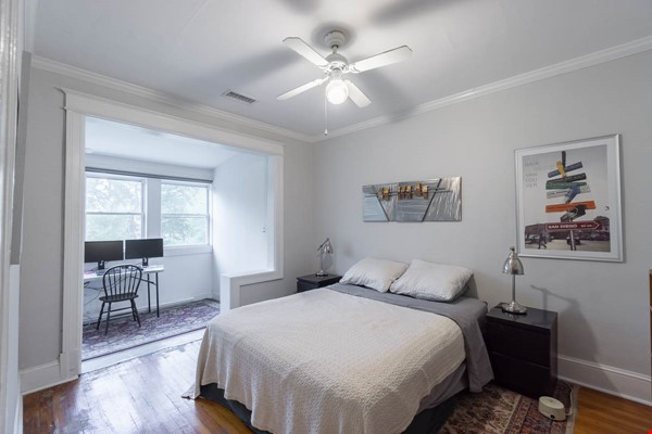 Furnished Row House Available August 2021 Home Rental in Washington 6 - thumbnail