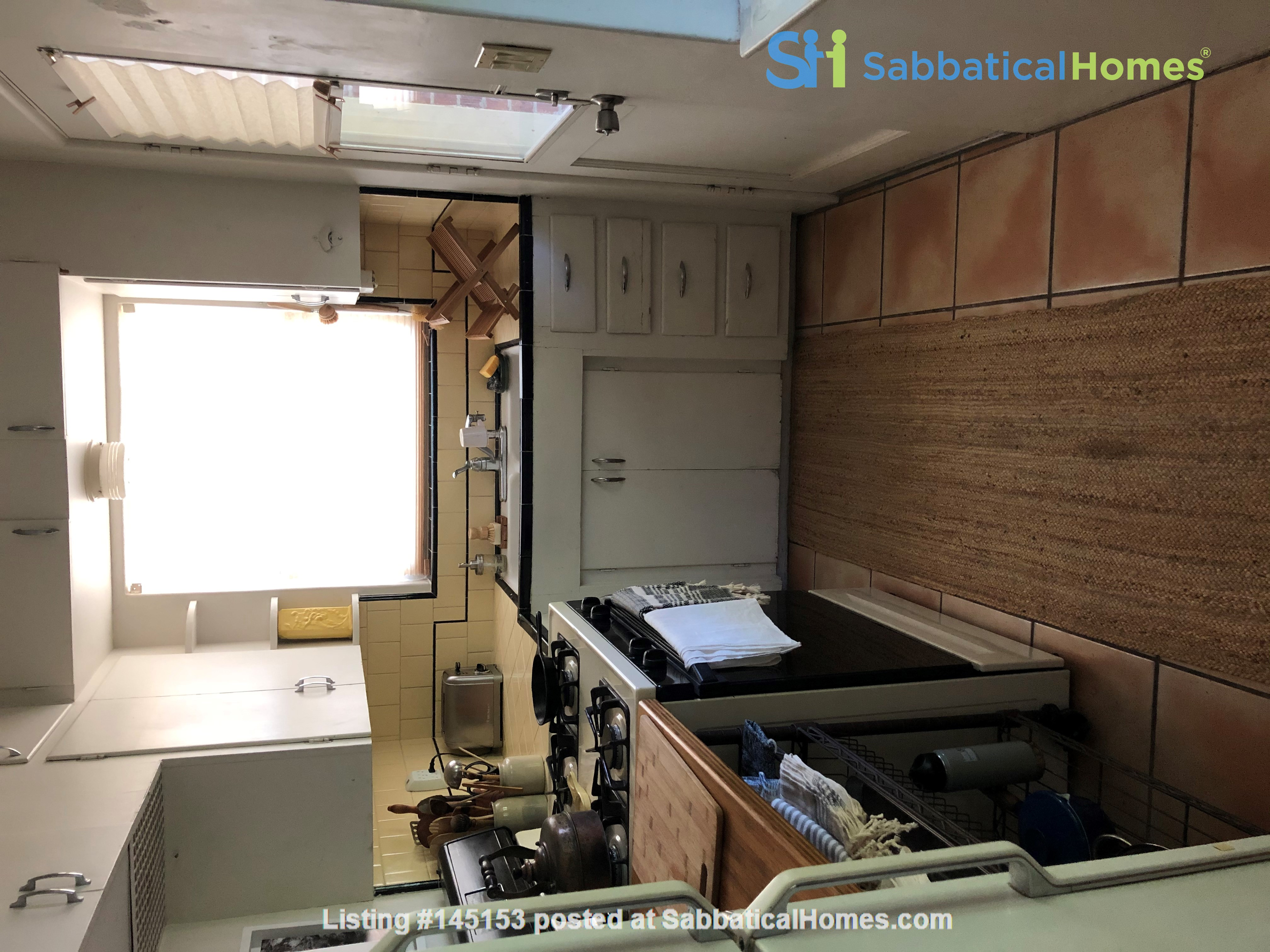 Charming 1 bedroom duplex across the street from Arizona State University Home Rental in Tempe, Arizona, United States 5