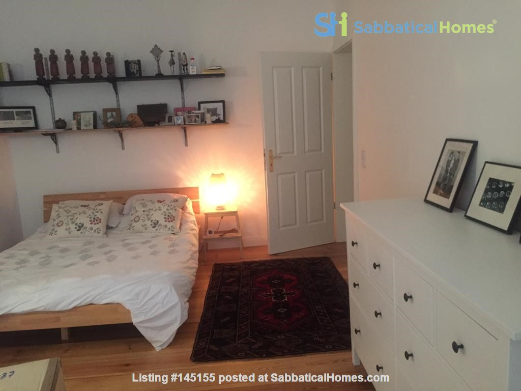 """Large 1 bedroom apartment in """"Kreuzkolln"""" close to canal and restaurants Home Rental in Berlin, Berlin, Germany 3"""