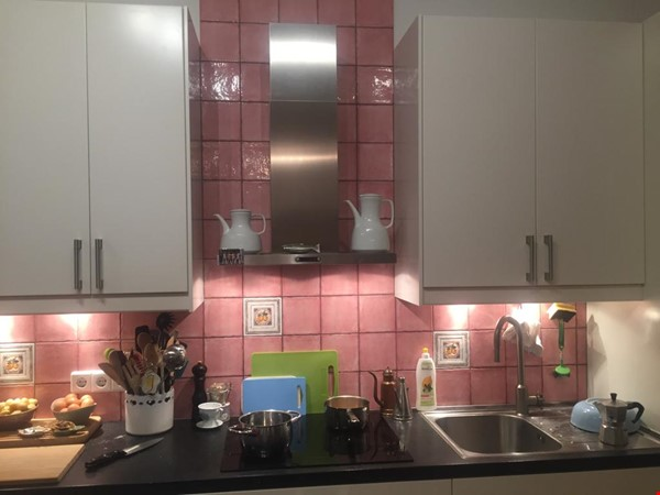 """Large 1 bedroom apartment in """"Kreuzkolln"""" close to canal and restaurants Home Rental in Berlin 9 - thumbnail"""