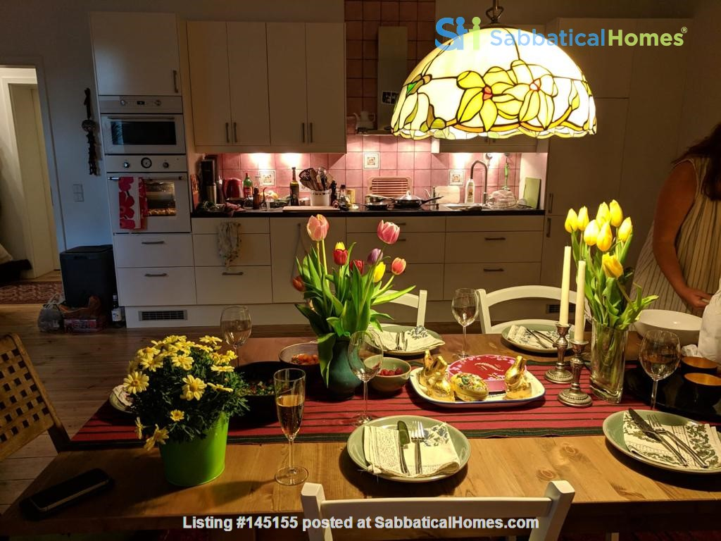 """Large 1 bedroom apartment in """"Kreuzkolln"""" close to canal and restaurants Home Rental in Berlin, Berlin, Germany 4"""