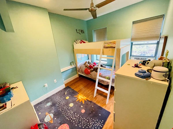 5br - Beautiful *NO FEE* Park Slope Townhouse w Private Yard Home Rental in  6 - thumbnail