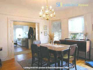 Charming Edwardian bungalow near 4th St shops, transport and more! Home Rental in Berkeley, California, United States 4