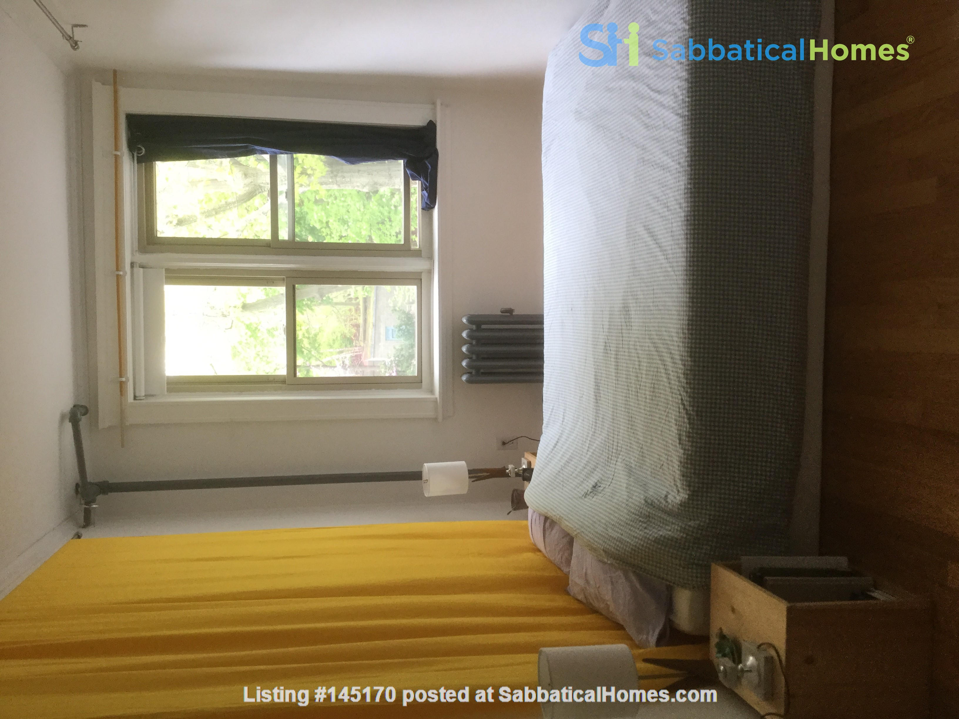 Sunny two-bedroom apartment near Harvard Square Home Rental in Cambridge, Massachusetts, United States 2