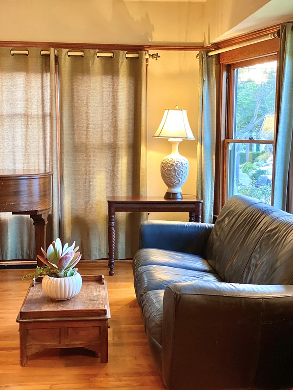 Lovely Craftsman home in historic neighborhood near beaches and downtown! Home Rental in San Diego 5 - thumbnail