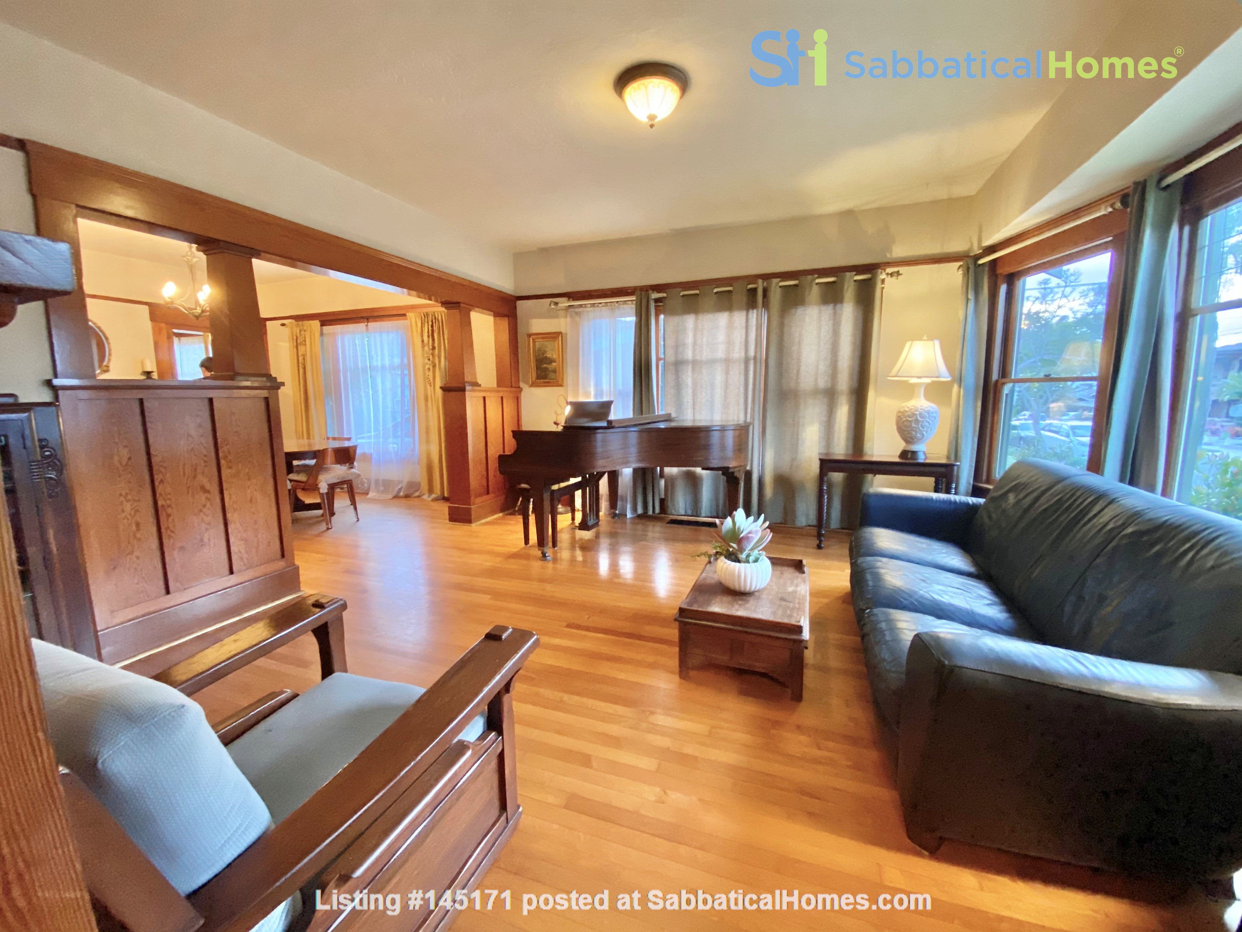 Lovely Craftsman home in historic neighborhood near beaches and downtown! Home Rental in San Diego, California, United States 1