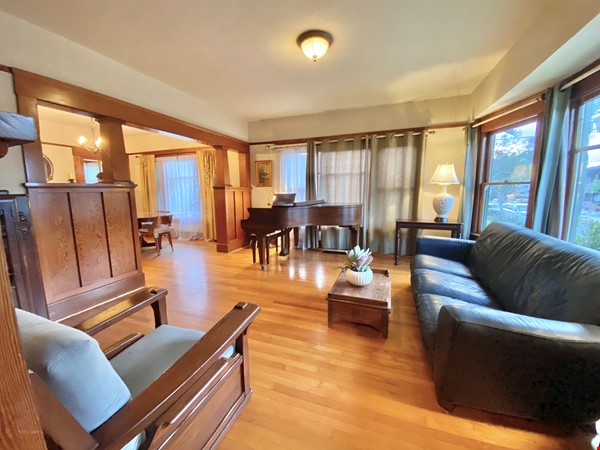 Lovely Craftsman home in historic neighborhood near beaches and downtown! Home Rental in San Diego 1 - thumbnail