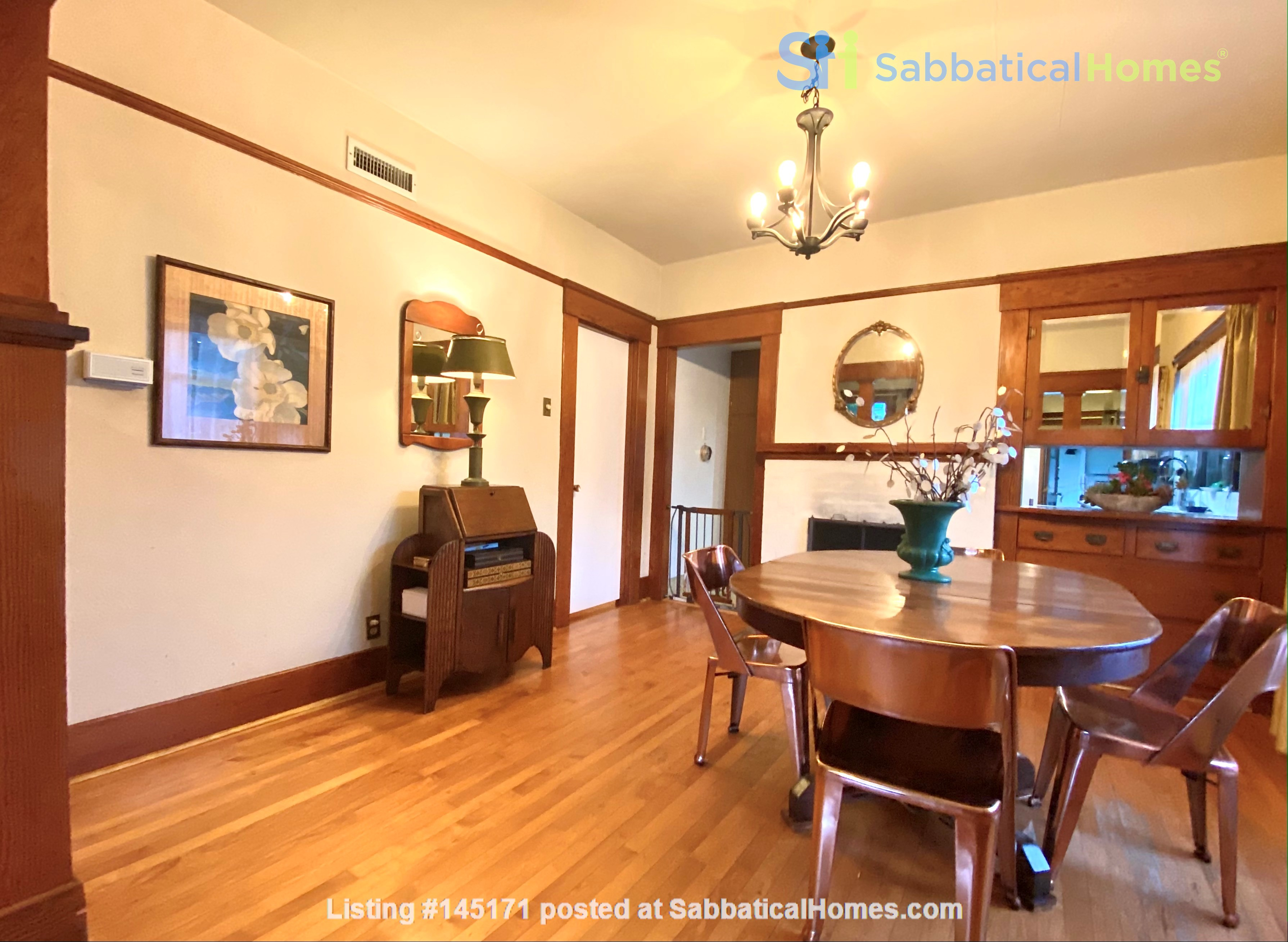 Lovely Craftsman home in historic neighborhood near beaches and downtown! Home Rental in San Diego 4