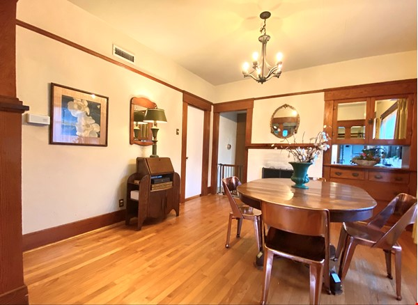 Lovely Craftsman home in historic neighborhood near beaches and downtown! Home Rental in San Diego 4 - thumbnail
