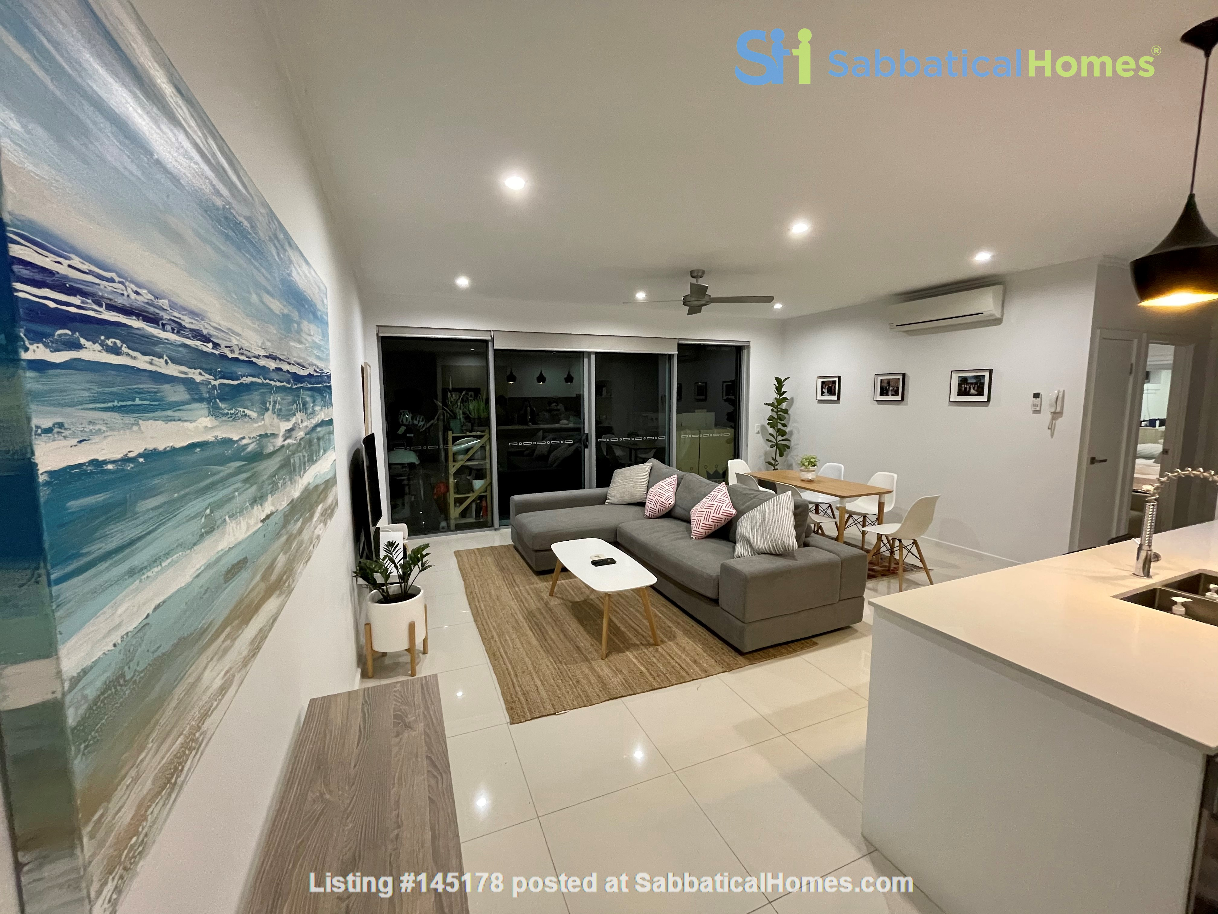 Lovely 2br apartment with large terrace/garden. 5km from Brisbane CBD Home Rental in Coorparoo, Queensland, Australia 1