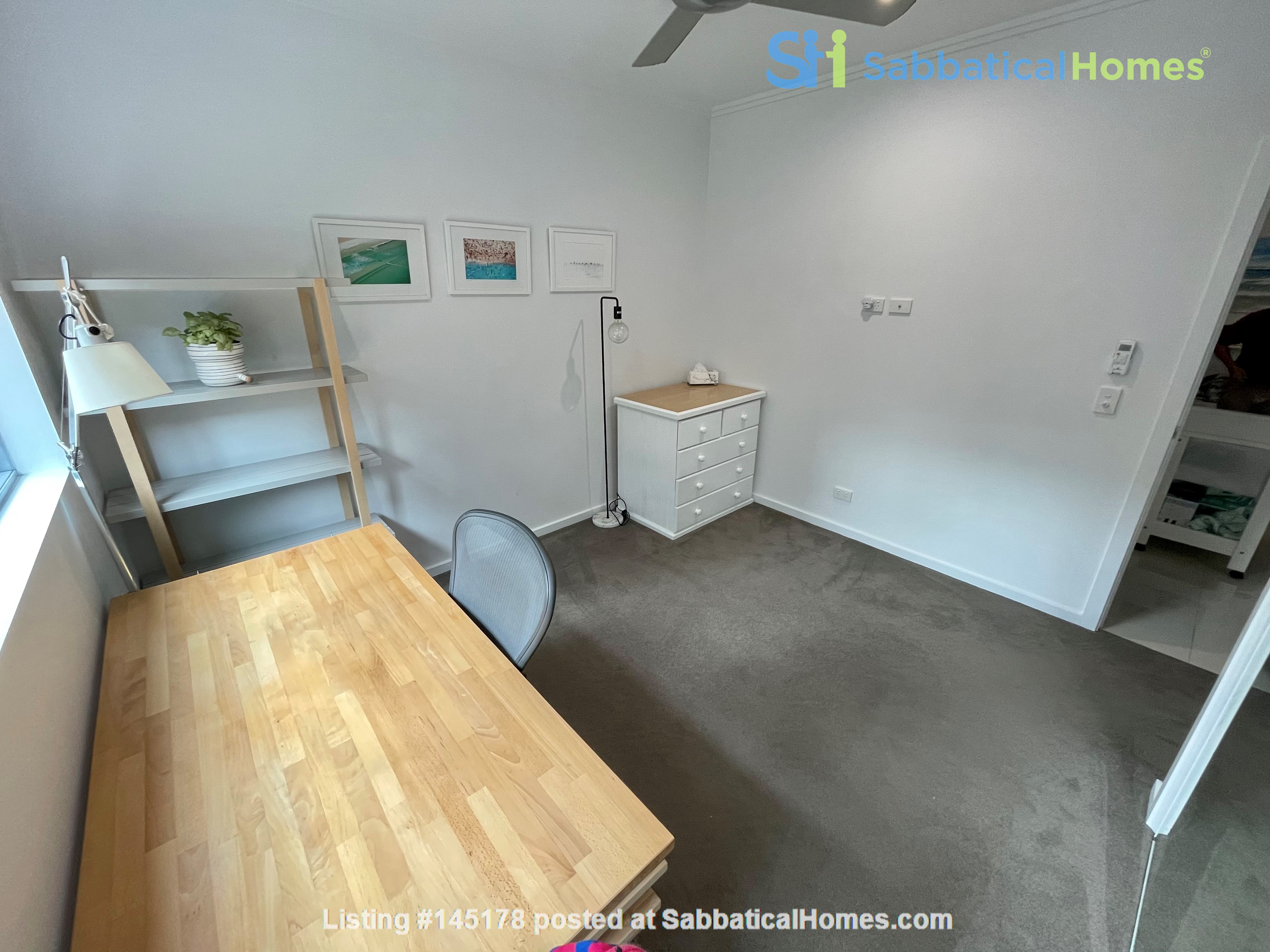 Lovely 2br apartment with large terrace/garden. 5km from Brisbane CBD Home Rental in Coorparoo, Queensland, Australia 9