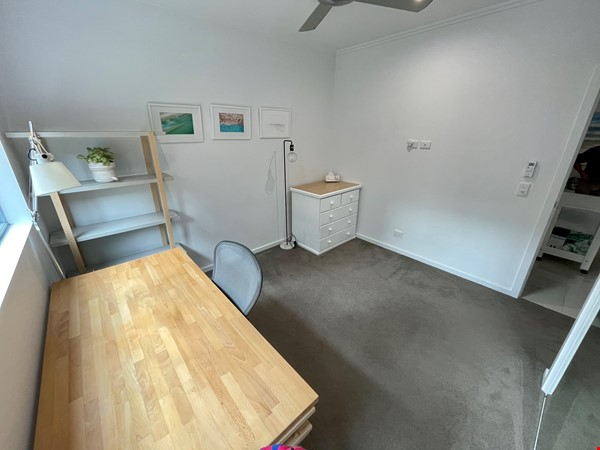 Lovely 2br apartment with large terrace/garden. 5km from Brisbane CBD Home Rental in Coorparoo 9 - thumbnail